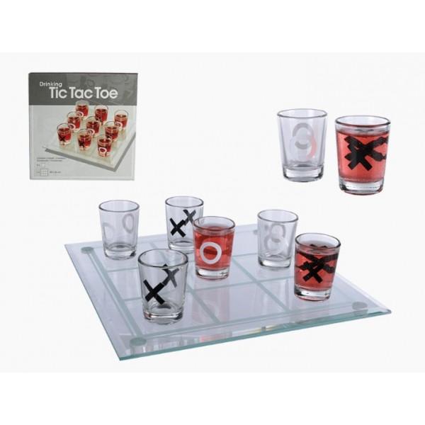 Gioco alcolico del tris in vetro