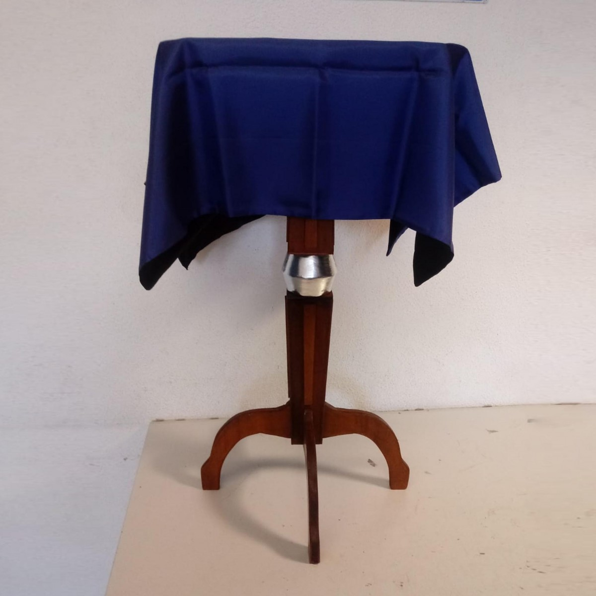 Tavolino volante DLX